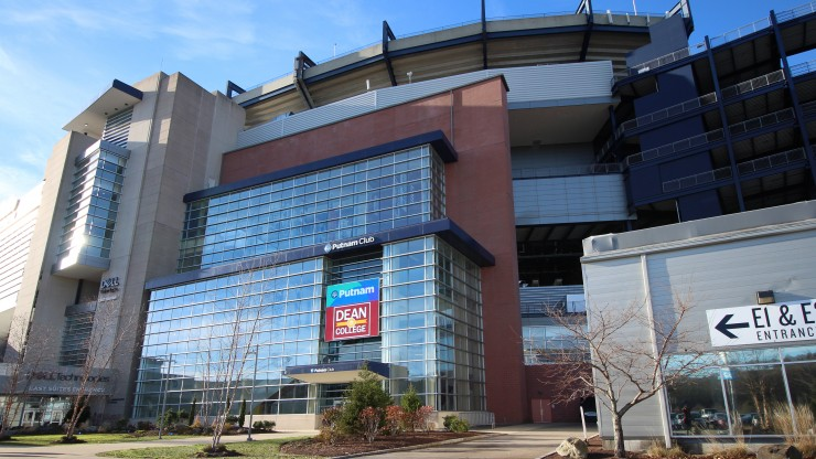 The outside of the Putnam Club at Gillette Stadium.